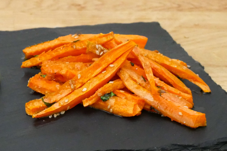 Frites de carottes au persil pal o r gime - Que cuisiner avec des carottes ...