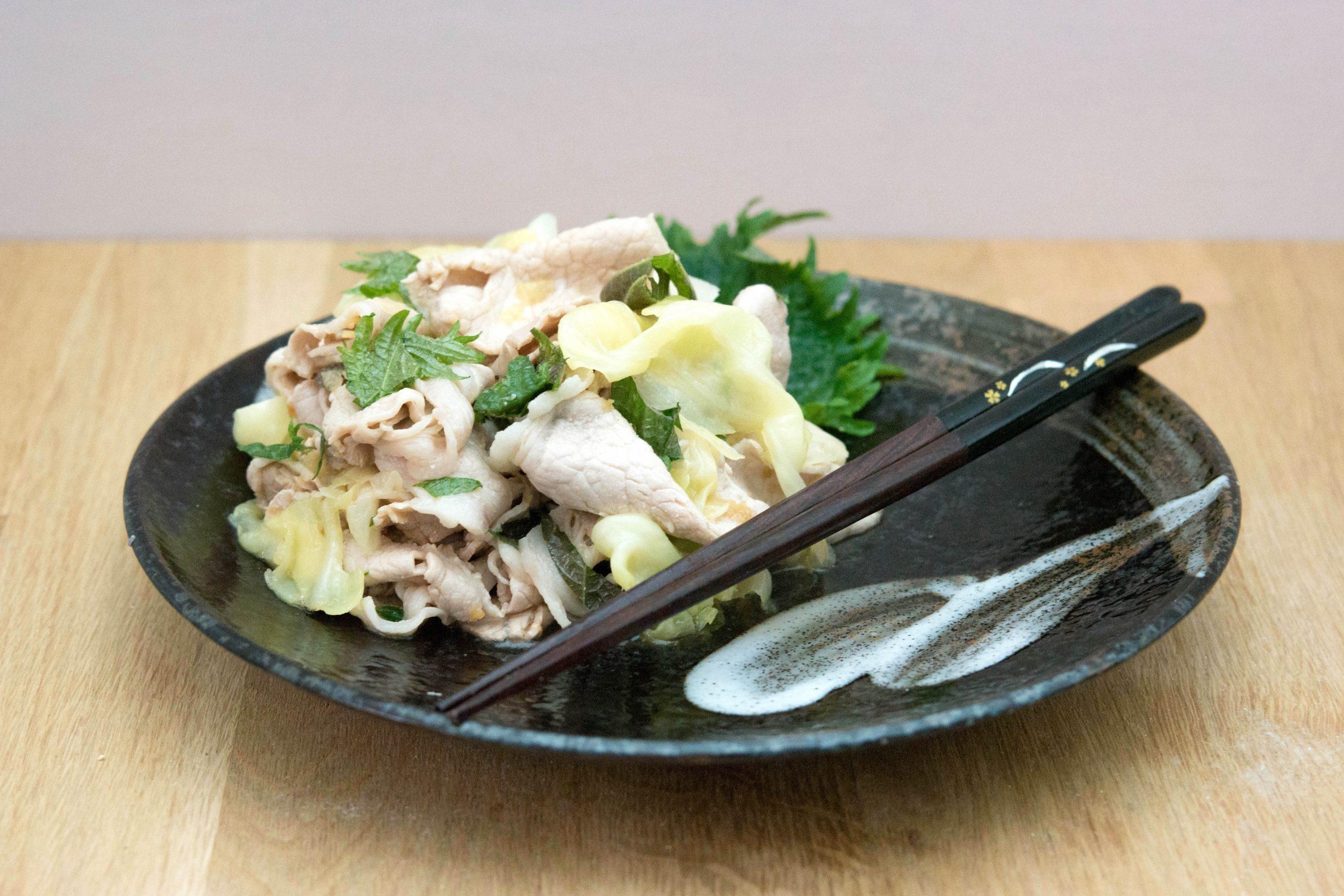 Salade de choux au porc